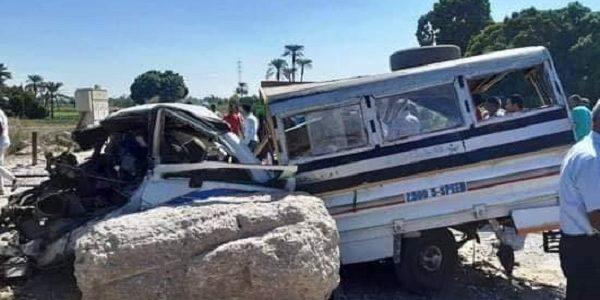 عاجل مصرع 4 وإصابة 5 أشخاص في حادث قطار بالصعيد بالصور
