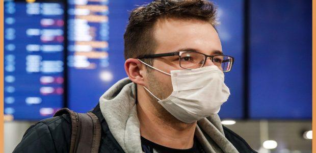الصحة تنشر 15 توعية للمواطنين بآليات ارتداء الكمامة القماش وترد على مدى فاعليتها وهي رطبة