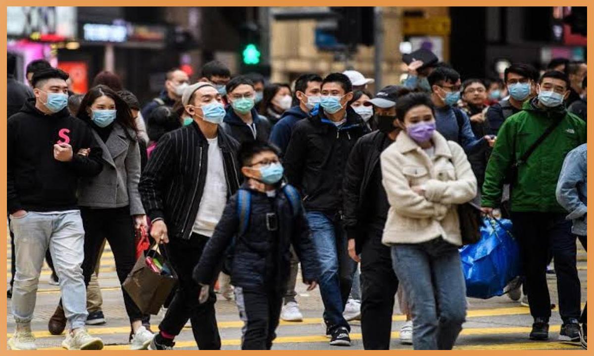 الصحة تنشر توعيات للمواطنين بآليات ارتداء الكمامة القماش وترد على مدى فاعليتها وهي رطبة