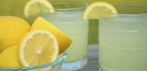 الخلطة السحرية.. الماء الدافئ مع العسل والليمون و7 فوائد لشربهم في الصباح الباكر