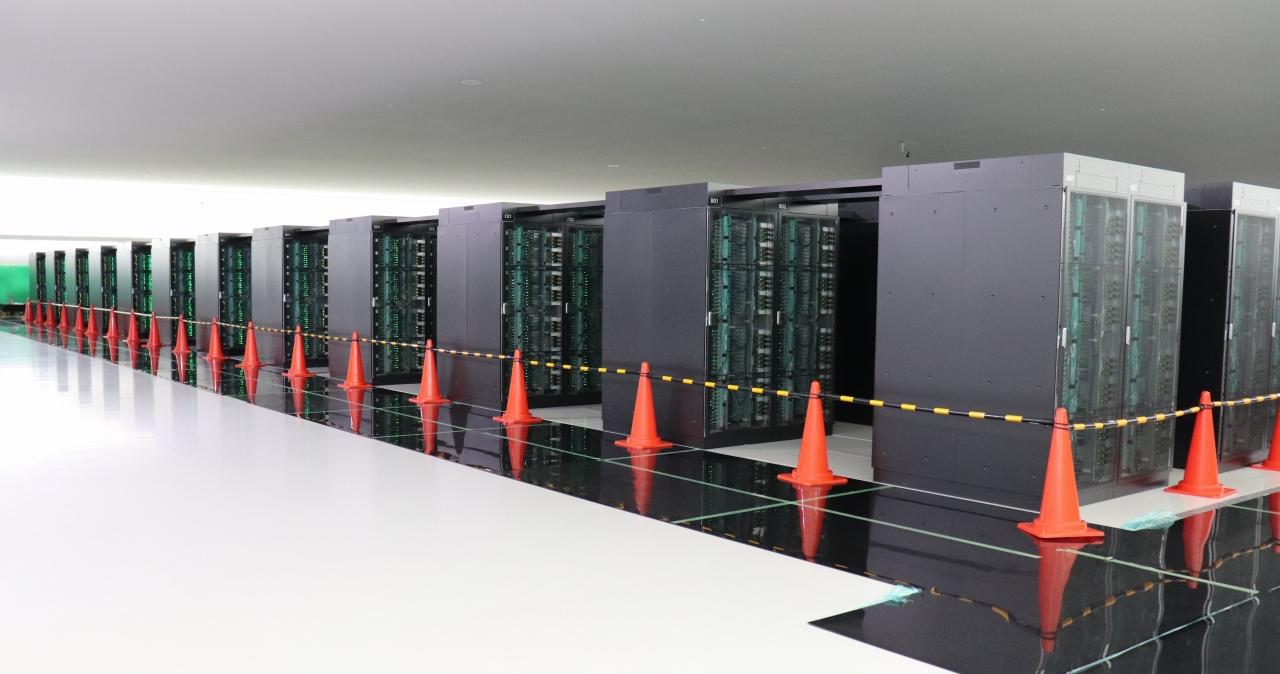 هل يستطيع الكمبيوتر الأسرع في العالم في علاج فيروس كورونا والقضاء عليه؟!َ